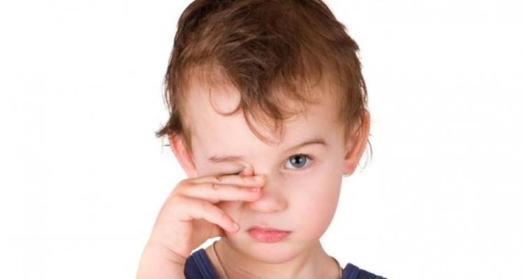 Как лечить ячмень на глазу у ребенка и что делать нельзя?