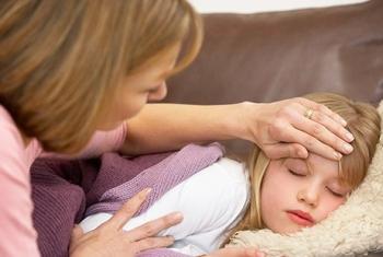 Чем могут помочь родители при поносе и температуре у ребенка