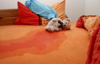 Симптомы и проявления недержания мочи у детей