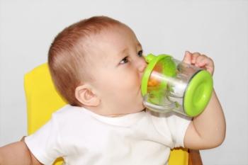 Отпаивание ребенка - важный шаг к восстановлению при кишечной инфекции