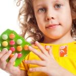 Как выбрать и какие витамины для детей пить для повышения иммунитета