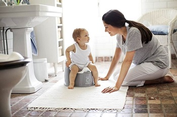 Первая помощь при запорах у детей - памятка для родителей