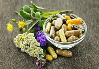 Способы лечения аденоидита у ребенка - медикаменты и народные средства