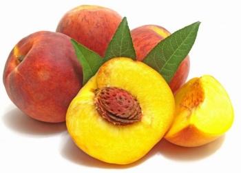 Спелые сочные персики