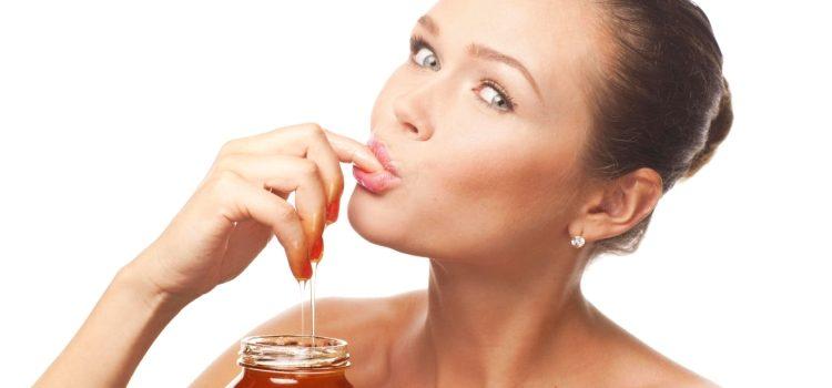 Можно ли мёд при грудном вскармливании: о пользе и вреде продукта