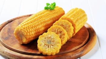 Чем полезна кукуруза при грудном вскармливании новорожденного
