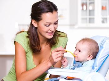 Как правильно начать вводить прикор ребенку на грудном вскармливании