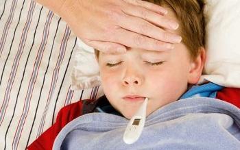У мальчика высокая температура