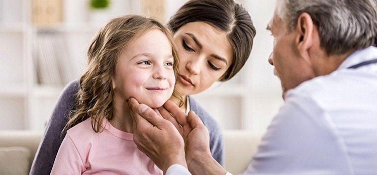Симптомы и признаки возникновения паротита у детей