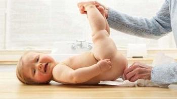 Причины и факторы влияющие на появление диареи у новорожденного на грудном вскармливании