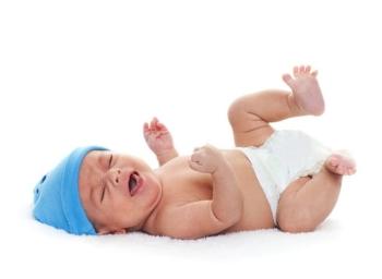 Зеленый стул у грудничка на искусственном вскармливании: каковы симптомы нездорового ребенка?