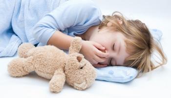Симптомы и лечение пищевого отравления у ребенка: что делать до приезда врача?