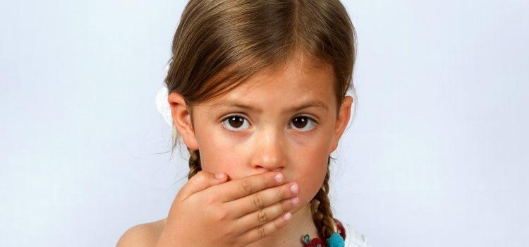 Алалия у детей: симптомы и причины, лечение