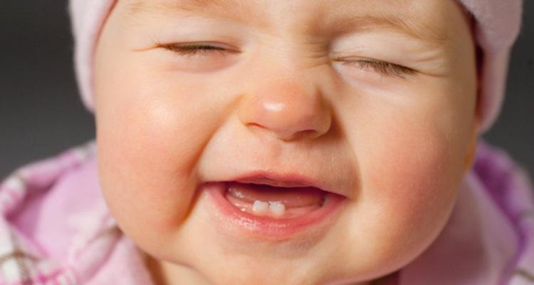 Как помочь при прорезывании зубов у малыша 7 лучших гелей для десен