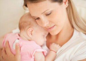 Малышка и мама