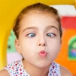 В чем заключается лечение косоглазия у детей в домашних условиях?