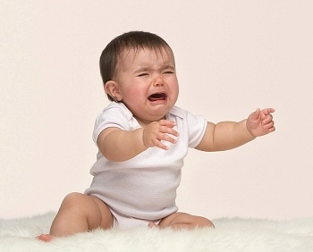 Ребенок сильно плачет