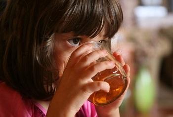 Как принимать препарат Регидрон детям в разном возрасте