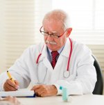 Назначение антибиотиков при лечении отита у детей