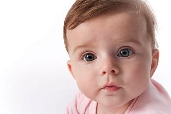 Малыш с красивыми глазами