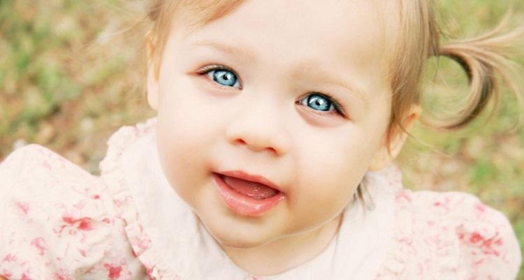 Красный глаз у ребенка причины
