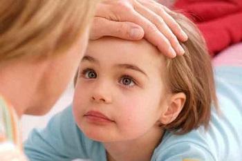 Что делать родителям, если у ребенка покраснела кожа вокруг глаз