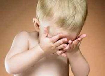 Красная кожа вокруг глаз у ребенка и применение холодного компресса