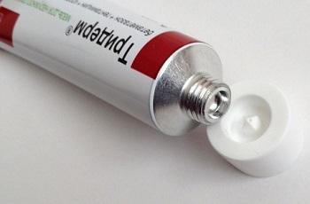 Меры предосторожности при использовании мази Тридерм у детей до года