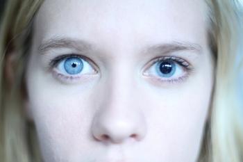 Врожденная и другие виды катарактыу детей: осложнения заболевания