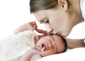 Опухшие глаза у новорожденного - что делать