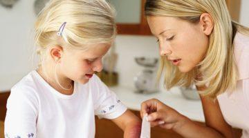 Мази от ожогов для детей - особенности выбора