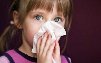 Состав и действие капель Альбуцид при насморке у детей