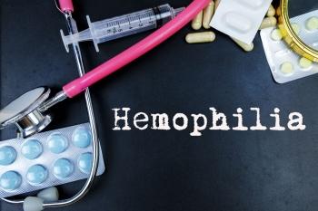 Таблетки, шприц, фонендоскоп