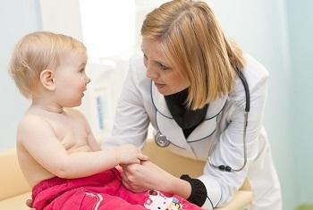 Ребенок у врача в кабинете