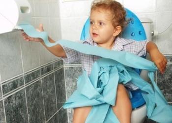 Основные симптомы ротавирусной инфекции у детей - рвота и понос