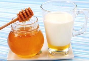 Как и чем лечить лающий кашель у детей: правила помощи