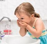 Причины появления черного налета на зубах у ребенка - меры профилактики