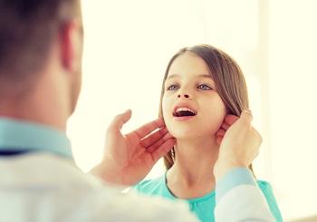 Аденоидит у детей - описание болезни и причины возникновения