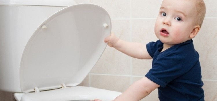 Что делать, если у ребенка запор - самые эффективные методы