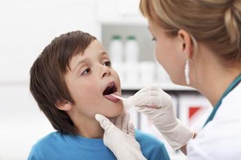 Проявление  и симптомы ларинготрахеита у детей