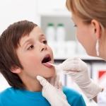 Основные симптомы герпетической ангины у ребенка
