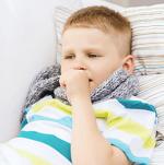 Лечение влажного кашля у ребенка - список препаратов и рекомендации врачей