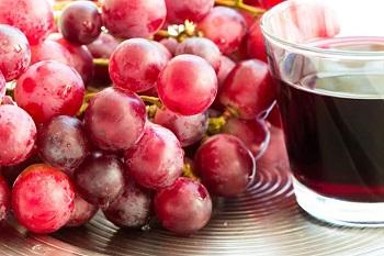 Можно ли есть виноград при грудном вскармливании - рекомендации для кормящих мам