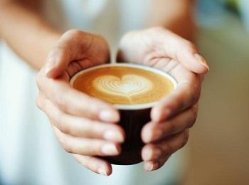 Можно ли кормящей маме кофе - рекомедации при употреблении напитка в период лактации