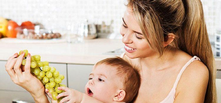 Можно ли употреблять виноград при грудном вскармливании - советы для мамочек