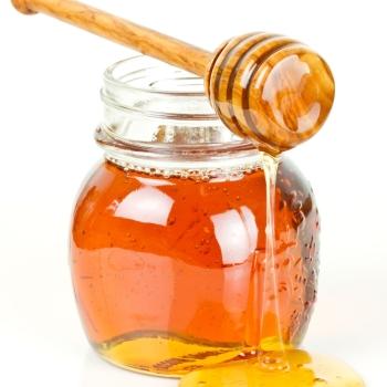 Чем полезен мёд при грудном вскармливании?