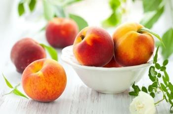 Советы по выбору и покупке персиков при грудном вскармливании