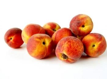 Польза персиков при грудном вскармливании