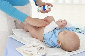 Что делать, если кровит пупок у новорожденного - основные причины