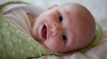 Как правильно пеленать новорожденного ребенка - пошаговая инструкция